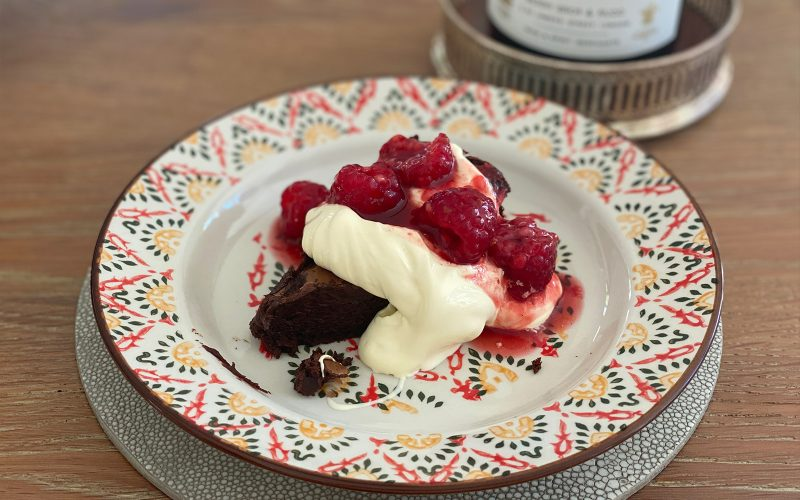 Chocolate cake (Torta di Cioccolata) - serves 8