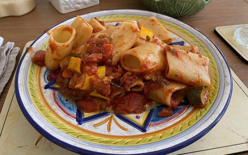 Roasted vegetable med-style pasta sauce 370ml - serves four