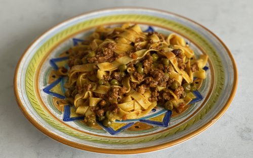 Ragu con piselli 370ml - serves four By Alastair Little